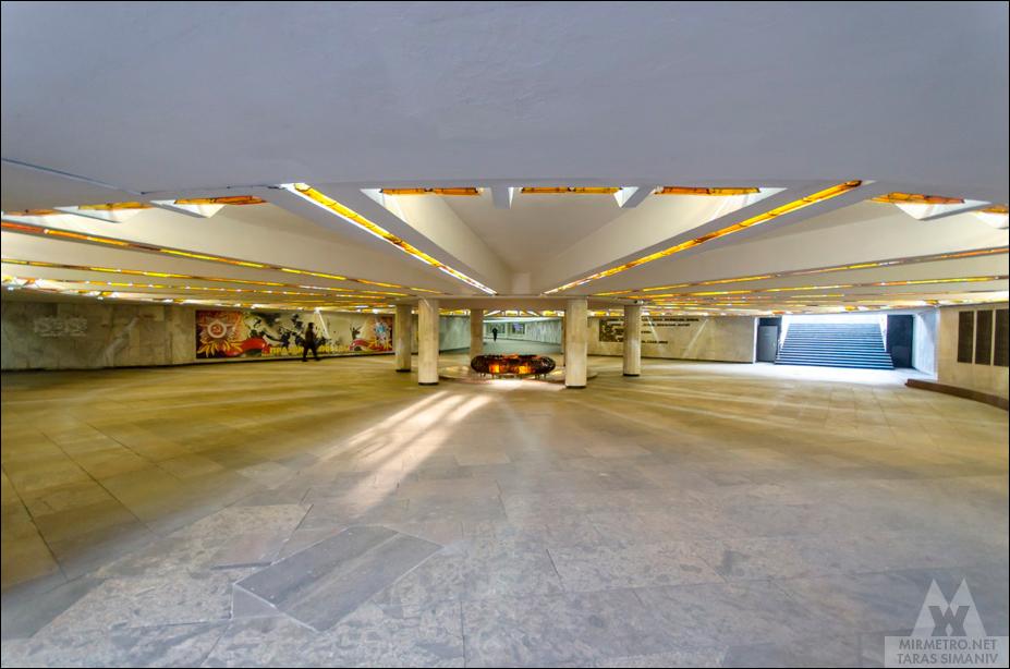 станция площадь победы переход