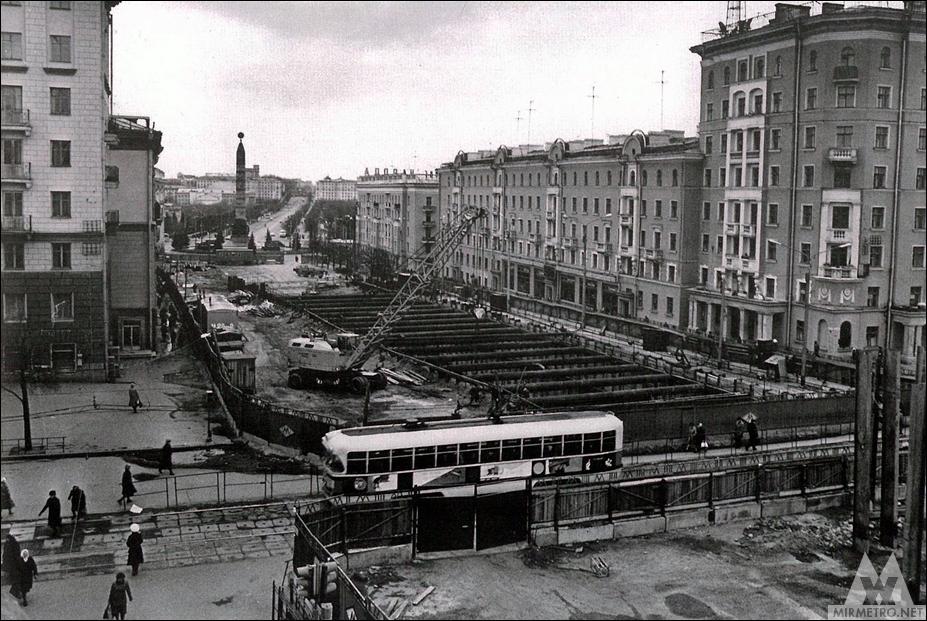 станция метро площадь победы строительство