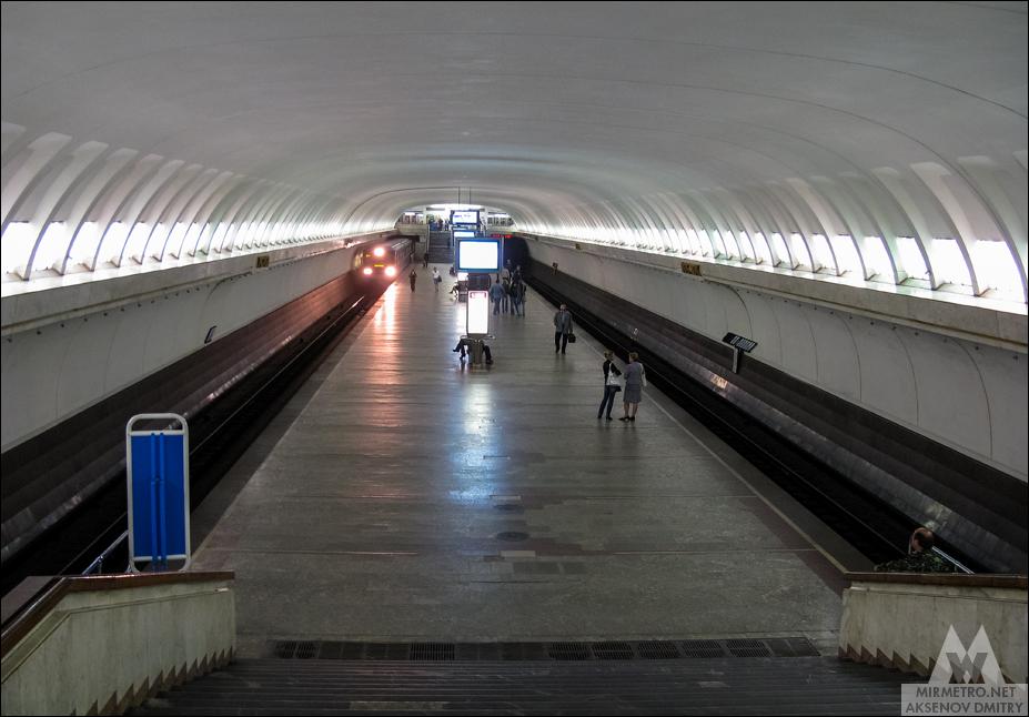 станция станция метро восток старое фото