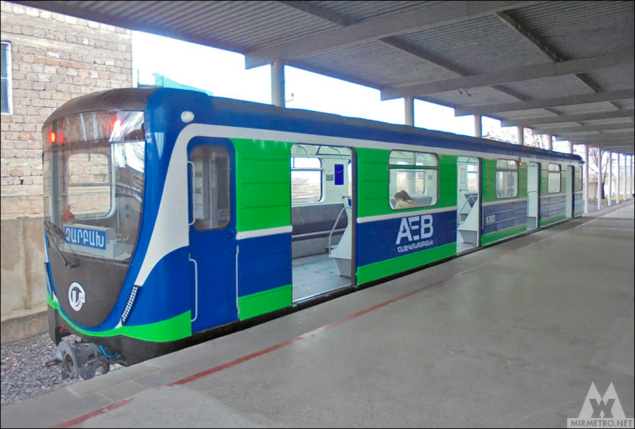 http://www.mirmetro.net/uploaded/images/yerevan/trains/f28145e2b0d22be0f515030d5ab5efa3.jpg